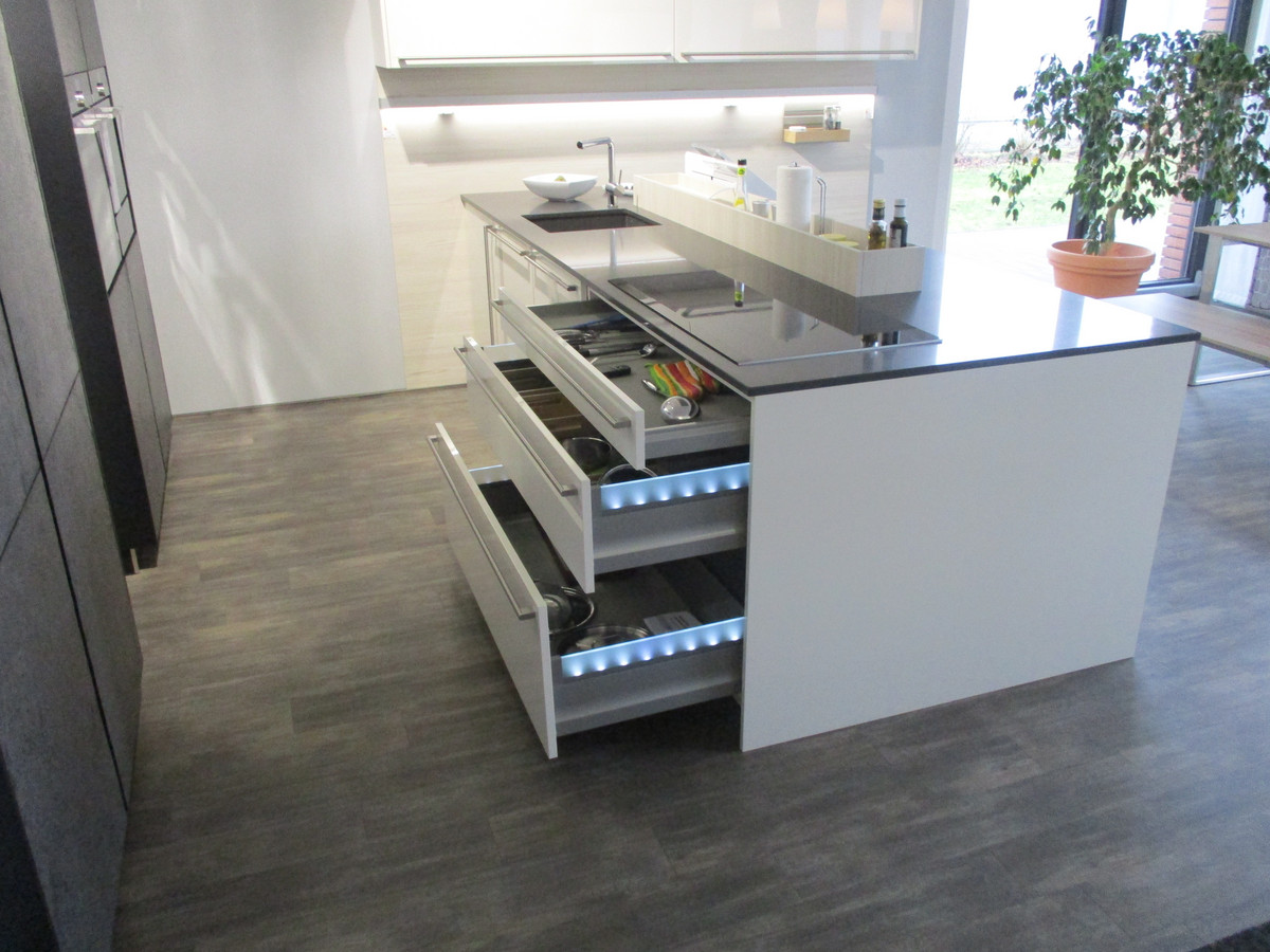 Küche Creativ Bad Kreuznach Öffnungszeiten ~ häcker av7030 blackstar u203a küche creativ kcv vertriebs gmbh