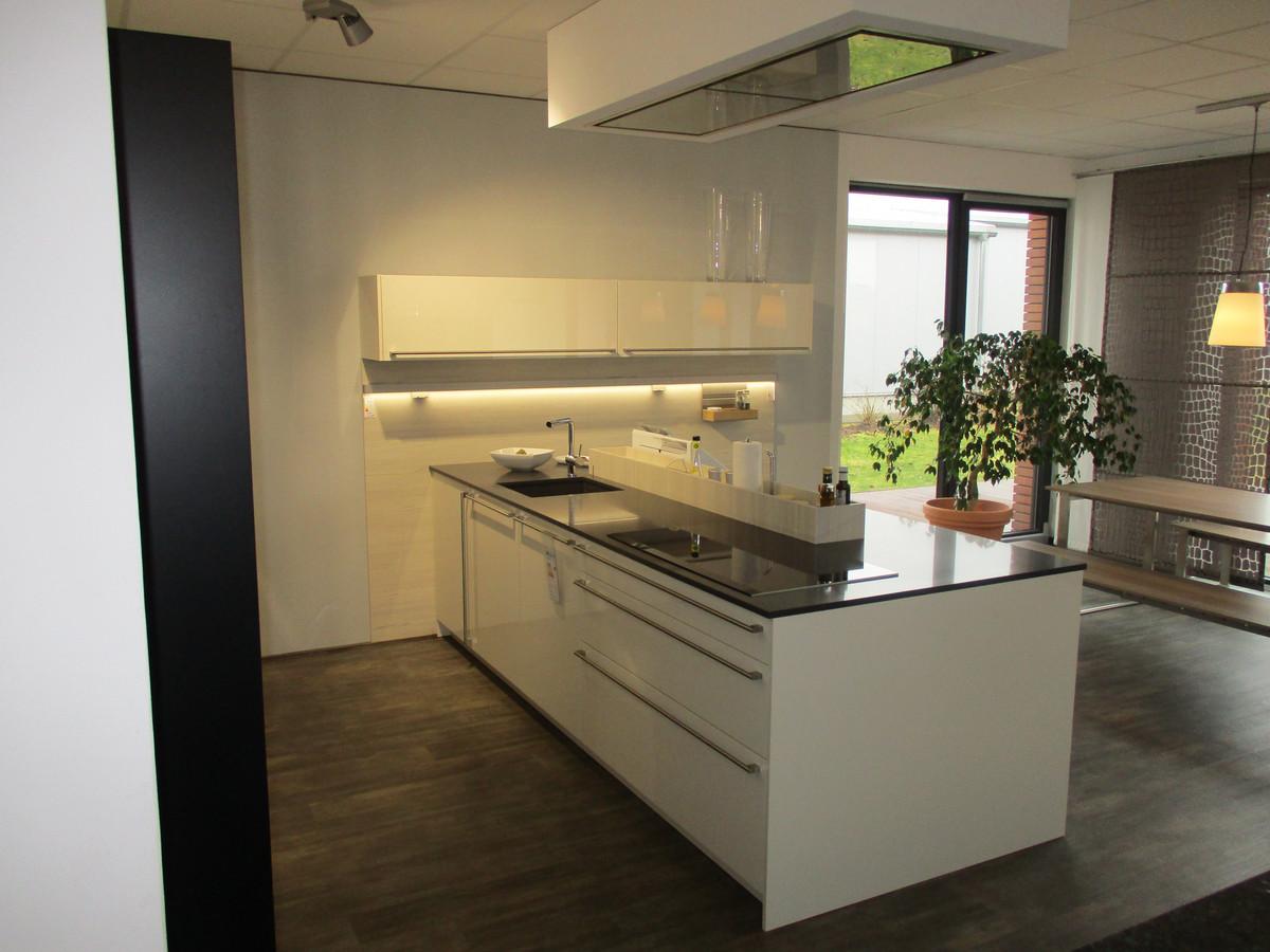 h cker av7030 blackstar k che creativ kcv vertriebs gmbh. Black Bedroom Furniture Sets. Home Design Ideas