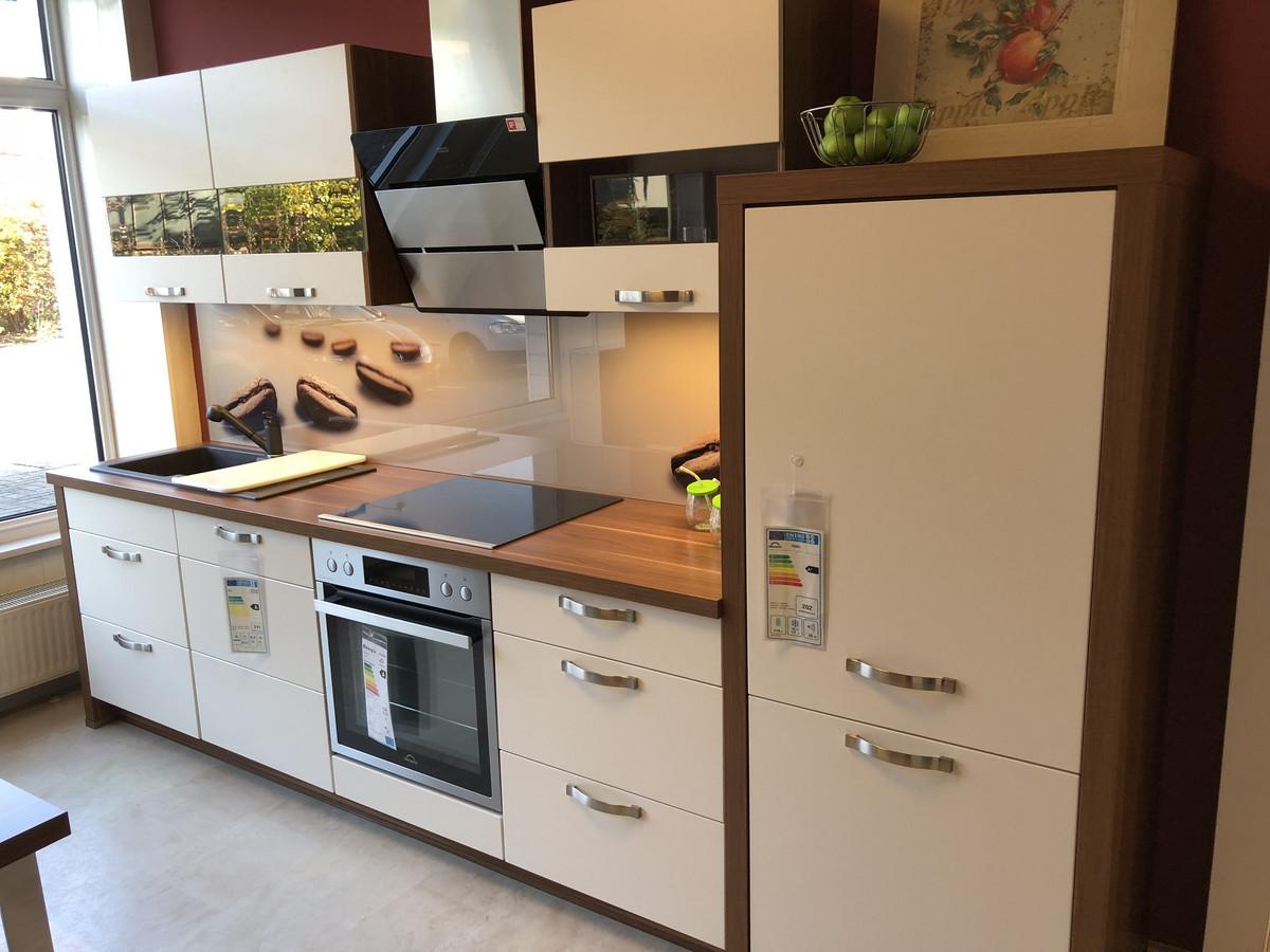 NOBILIA-813-Lack Magnolia matt › Küchen-Center Friedland ...