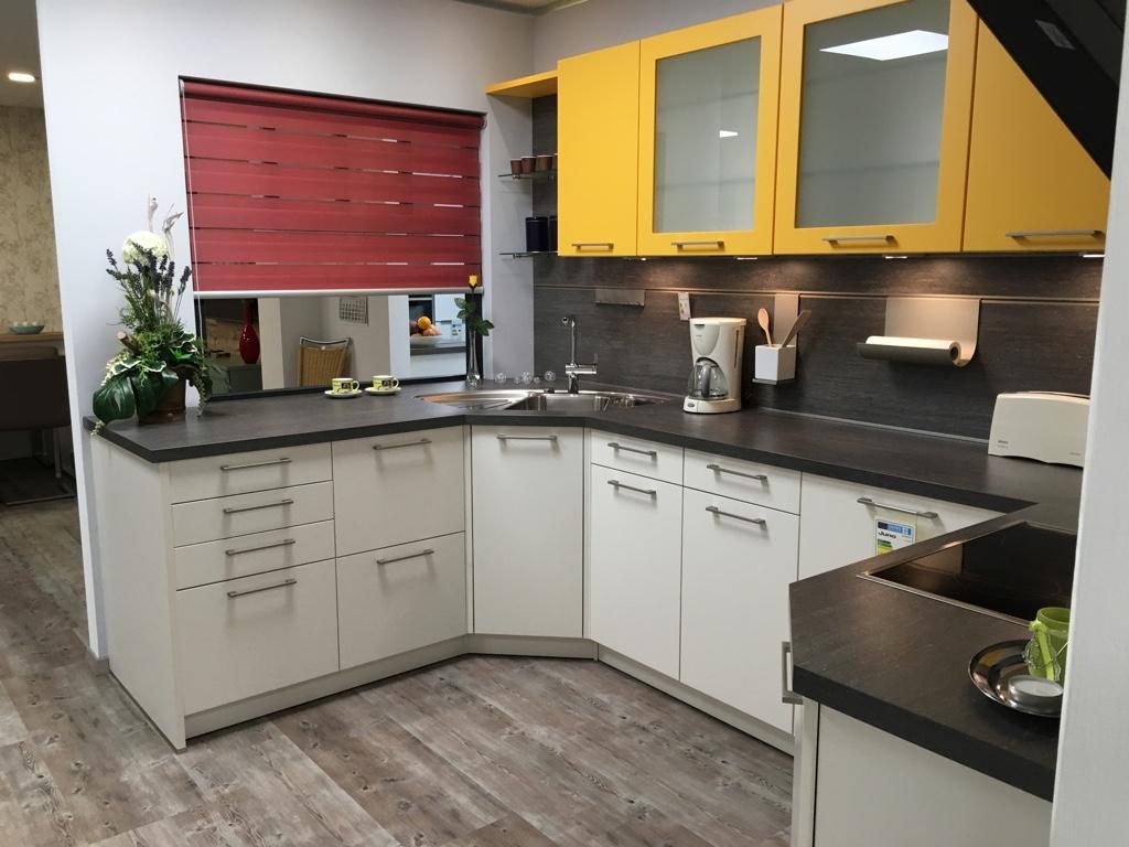 sch ller nova wiesmeier die k che gmbh 84030 landshut ergolding k chenb rse24. Black Bedroom Furniture Sets. Home Design Ideas